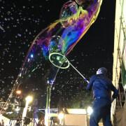 bubble artist Jerusalem