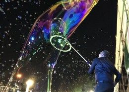 bubble artist Jerusalem